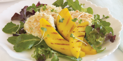 Grilled Mango and Crab Cakes