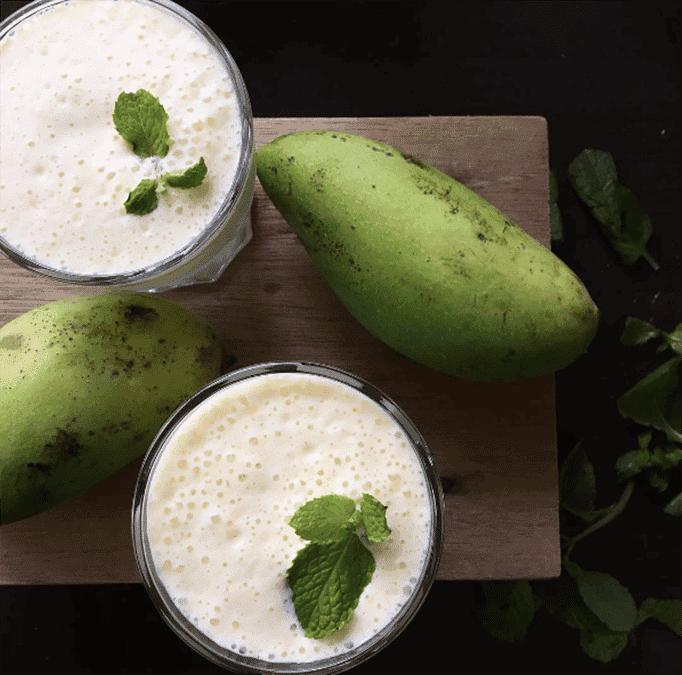 Mango Smoothie Drinks