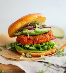 Mango Jerk Salmon Burger-Teaser-214x235
