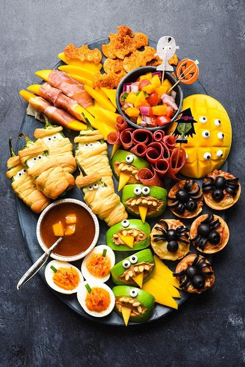 Halloween Snack Dinner with Mangos
