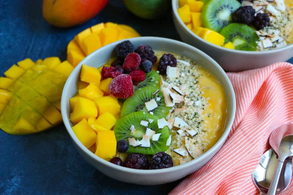 Mango Smoothie Bowl_Horizontal