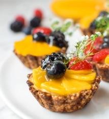 Festive Mini-Mango Fruit Tart Teaser
